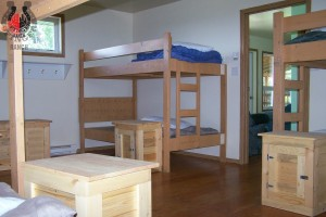 8-bed-room